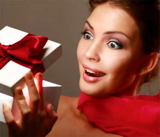 Подарки женщине с ее