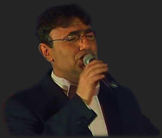 Роберт Тониев
