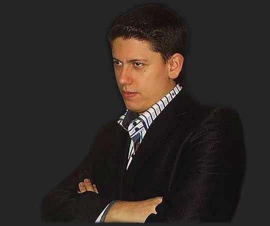 Артем Симонов