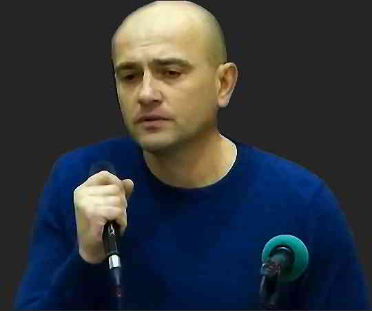 Игорь Яловец