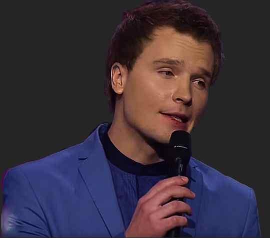 Андрей Весенин