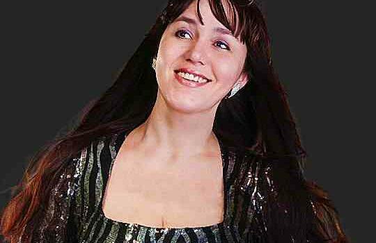 Яна Плотникова