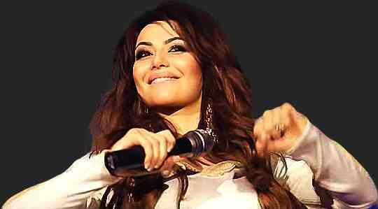 Певица Самира